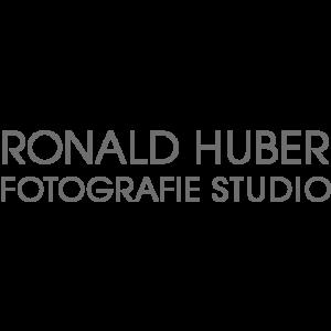 logoschrift_grau_ronald_huber_fotografie_030717.png